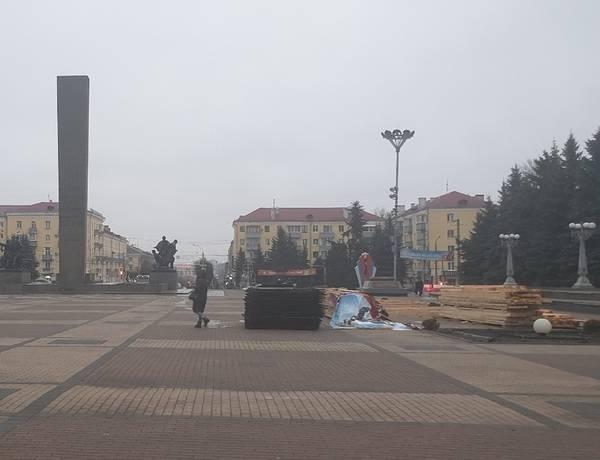 На площади Партизан в Брянске демонтирован каток