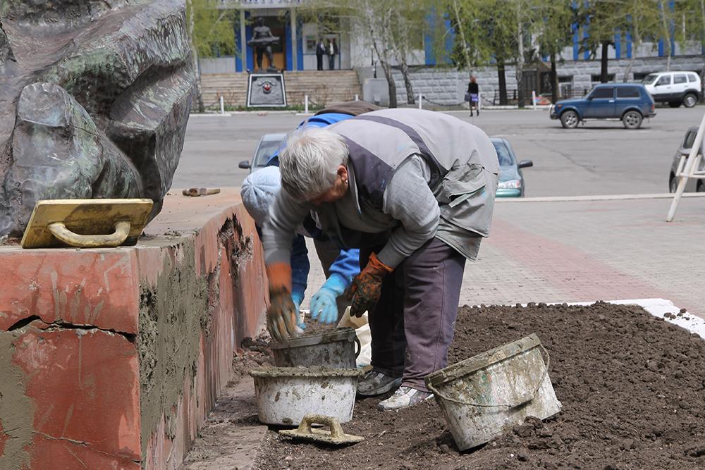 В Погаре хотят реконструировать мемориал погибшим землякам