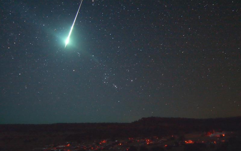 Ученые высчитали вероятность падения метеорита начеловека