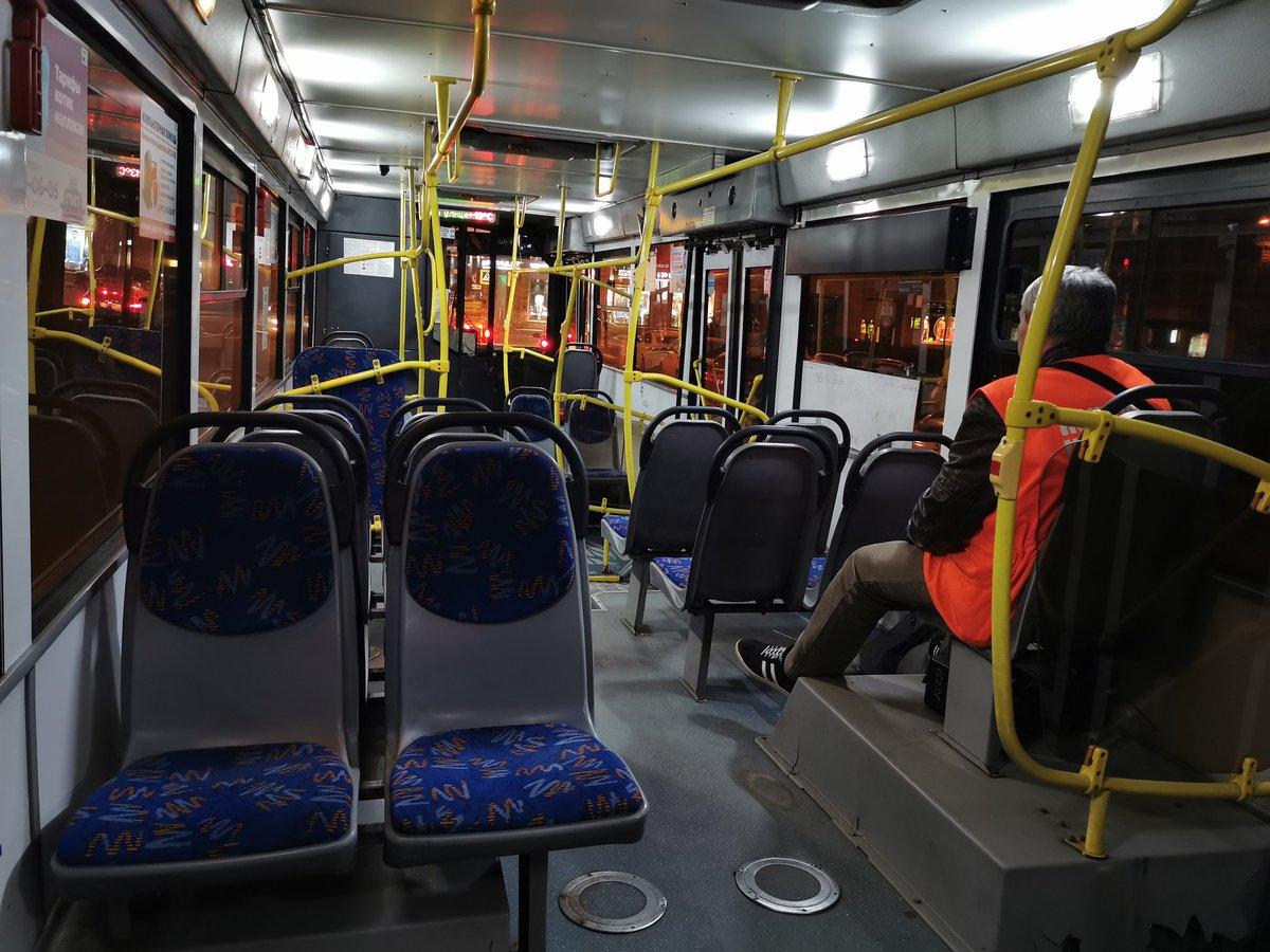 Брянцы жалуются, что на общественном транспорте вечером не уехать