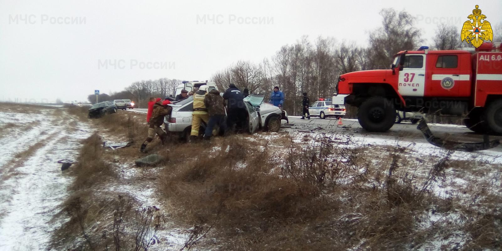 В аварии под Почепом есть пострадавший