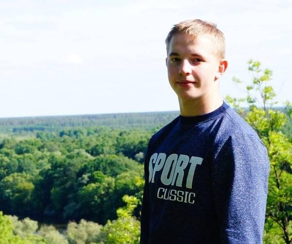 В массовом ДТП под Брянском погиб 20-летний парень