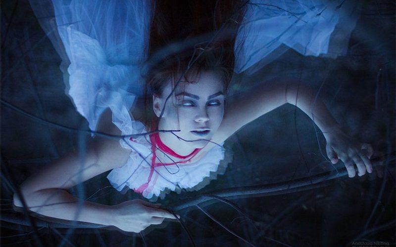 Призрак убитой девушки заставил убийцу явиться сповинной вполицию