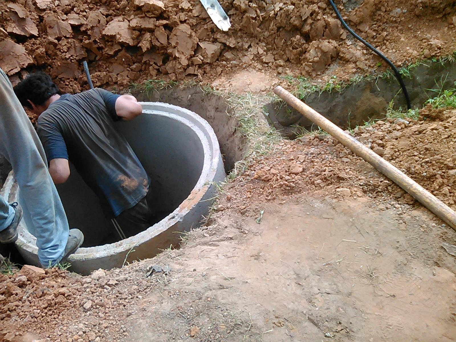 С брянцев потребовали полтора миллиона, чтобы провести воду к дому