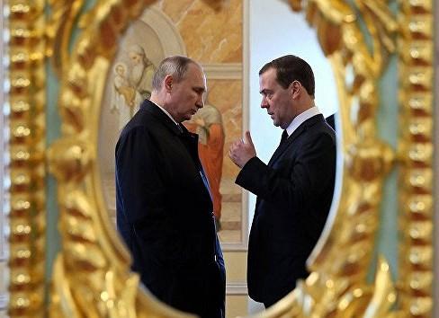 Накону кресло премьера: встреча Путина иМедведева