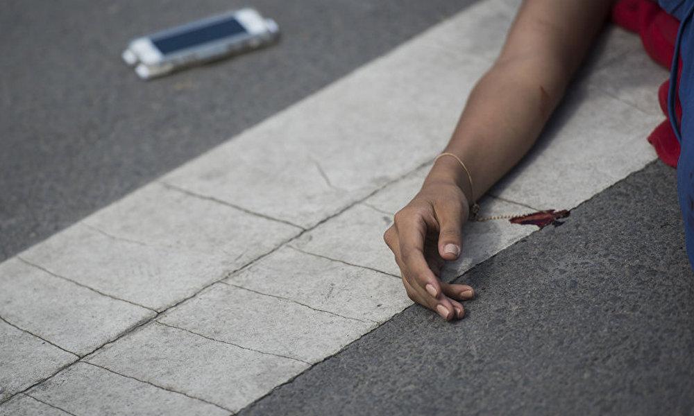 В Брянской области женщина оказалась под колесами автомобиля