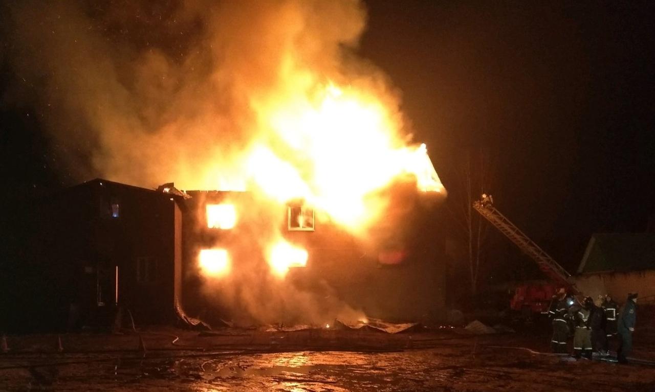 Огромный пожар под Брянском обошелся без пострадавших