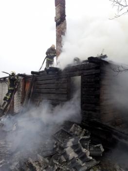 В Советском районе Брянска сгорела частная дача