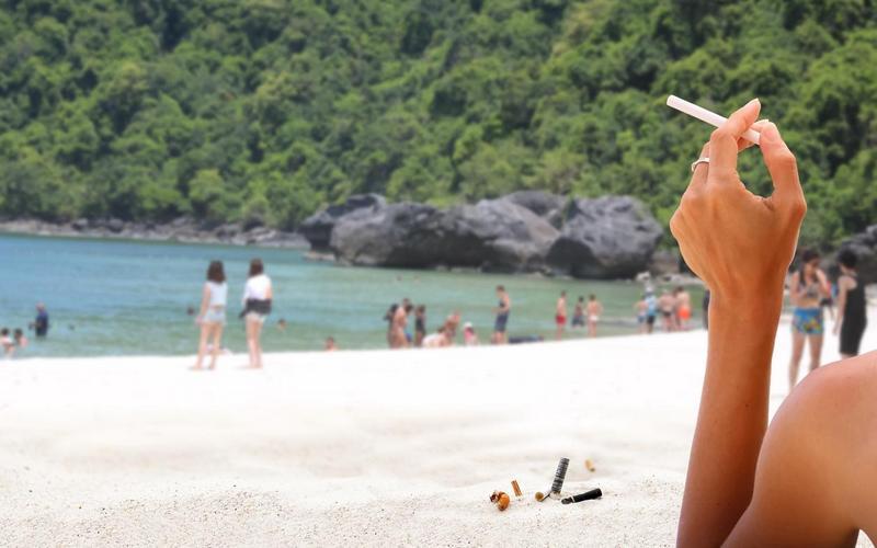 ВТаиланде теперь непокуришь: засигарету напляже— штраф 3000 долларов