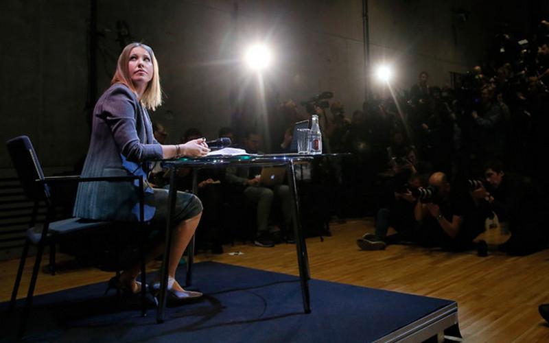 Собчак перекрасилась: кандидатшу впрезиденты уличили врезкой смене курса поКрыму