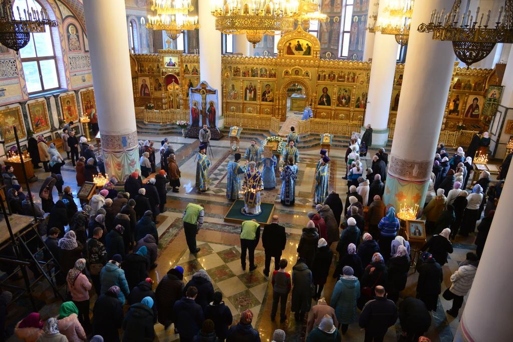 Православные христиане отметили Сретение Господне