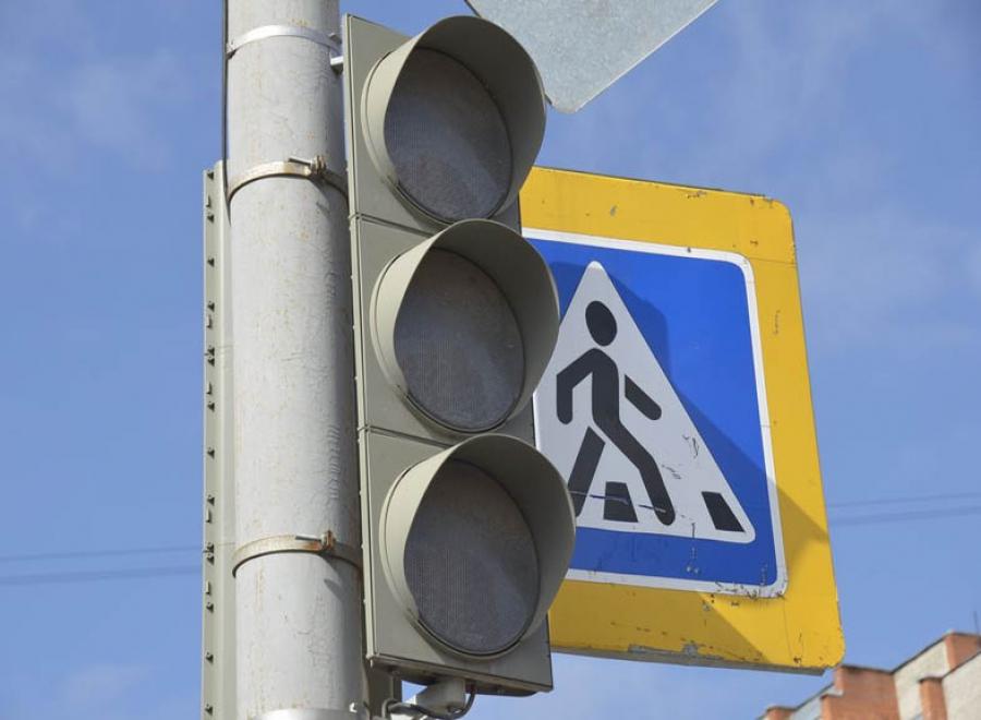 На пересечении Костычева и Горбатова не работают светофоры