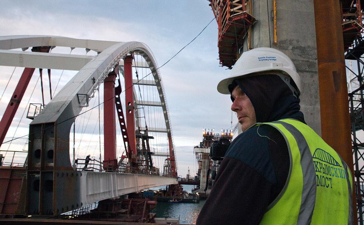 Евросоюз воюет против строителей крымского моста