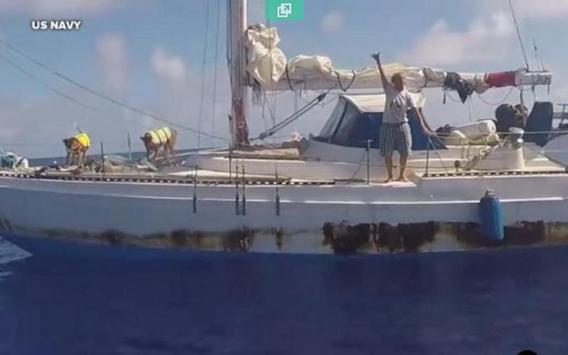 ВТихом океане спасли двух девушек, дрейфовавших пять месяцев